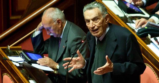 Gerardo D'Ambrosio, morto a 83 anni il magistrato Mani pulite ed ex senatore Pd