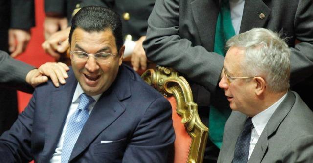 """Governo Renzi, il Pd all'attacco di Gentile: """"Non può fare il sottosegretario"""""""