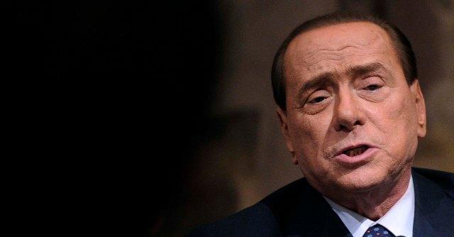 Berlusconi, all'ospedale San Raffaele per infiammazione al ginocchio