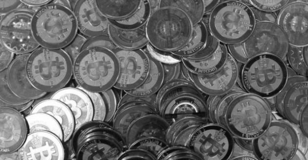 L'illusione di Bitcoin, una moneta troppo virtuale per poter (r)esistere