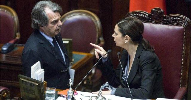 """Professore """"pensionato"""" da Brunetta si sfoga con segreteria Boldrini: perquisito"""