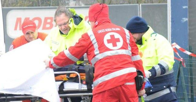 """La Croce Rossa diventa un'associazione privata. """"Stipendi dei precari giù del 30%"""""""