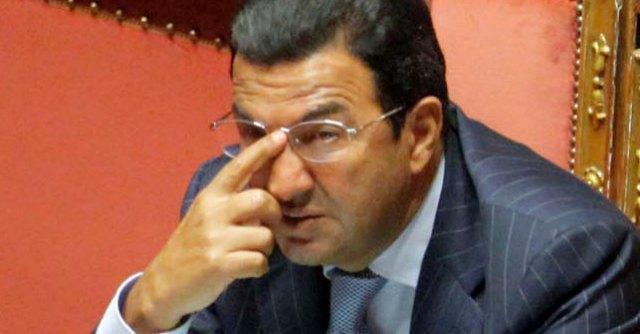 """Governo Renzi, Gentile: """"Accuse infamanti, contro di me la macchina del fango"""""""