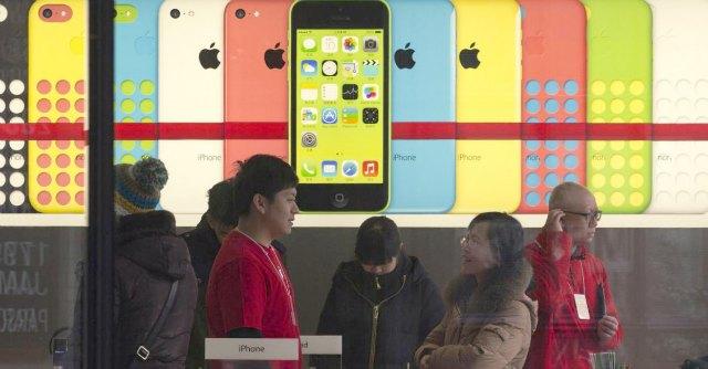 """Nuovo iPhone 6, i rumors: """"Due versioni per lo schermo e sensori"""""""