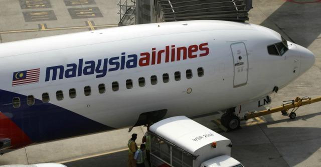 """Malaysia Airlines, scompare volo con 239 persone. L'italiano in lista: """"In Thailandia"""""""