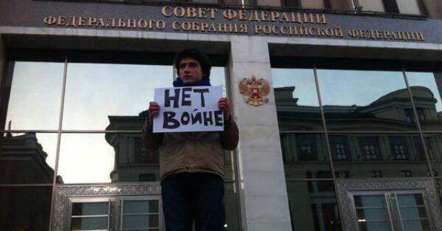 """Russia-Ucraina, esperti Mosca: """"Guerra psicologica, Kiev non ha forza militare"""""""