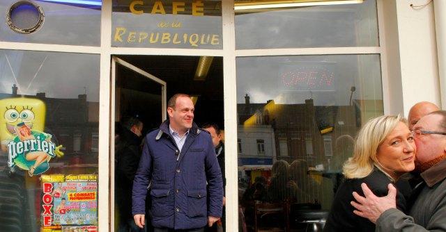 Elezioni Francia 2014, risultati ballottaggi. Socialisti perdono 155 città. A Le Pen 15