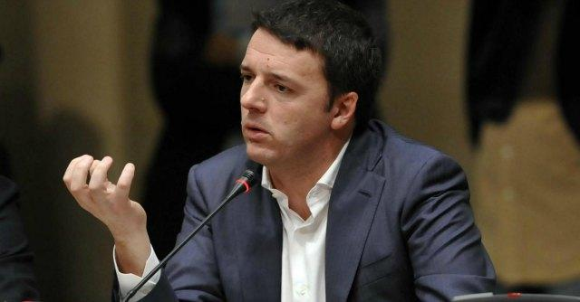 """Tetto agli stipendi manager pubblici, Renzi: """"Piaccia o no andiamo avanti"""""""