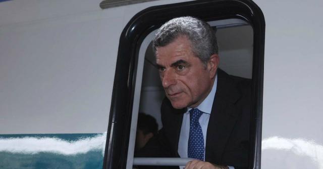 """Mauro Moretti: """"Fare l'ad di Ferrovie una fatica. Stipendio? Tocca a Renzi convincermi"""""""