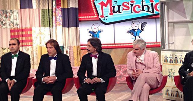 """Il Musichione, Elio e le Storie tese portano """"bruttezza"""" (e molta musica) su Rai2"""