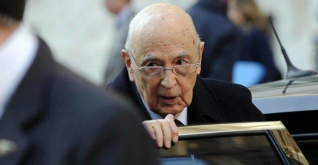 """Eutanasia, Napolitano: """"Il Parlamento non ignori il tema del fine vita"""""""