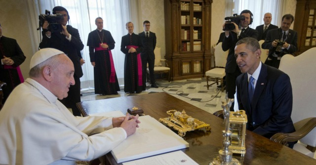 Obama a Roma, il presidente incontra Papa Francesco. Poi Napolitano e Renzi