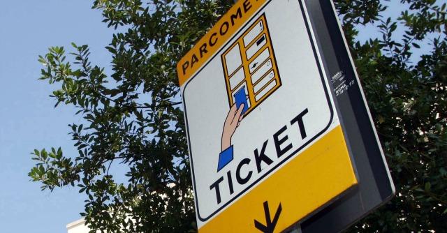 Roma: Sindaco Marino, il parcheggio non è un privilegio ma un diritto