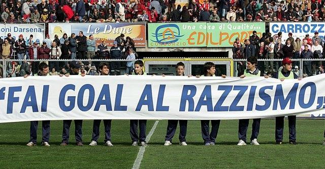 Forlì, razzismo contro squadra marocchina. Gli avversari: 'Tutto inventato'