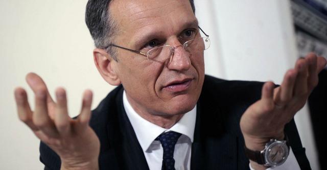 Poltrone pubbliche, il cda di Telecom Italia spariglia le carte della partita