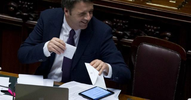 """Conti pubblici, Renzi risponde all'Ue: """"Niente compiti a casa, sappiamo cosa fare"""""""