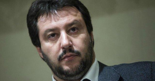 Lega, con Salvini indipendentismo e ultradestra per un solo obiettivo: il 5%