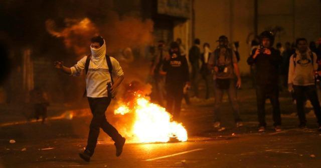 Venezuela, fotografa italiana fermata: seguiva le proteste a Caracas