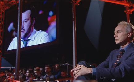 """Servizio Pubblico, Salvini vs Travaglio: """"Sei ossessionato da Berlusconi"""""""