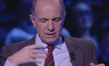 """Servizio Pubblico, Passera: """"L'euro è una moneta di pace"""""""