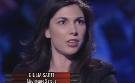 """Servizio Pubblico, Sarti (M5S): """"Renzi vende fumo, come Berlusconi"""""""