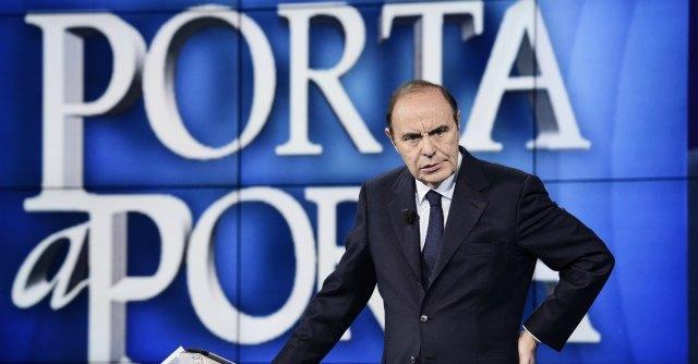 Vespa-Fiorello: è lite via Twitter su taglio serata di giovedì per Porta a Porta