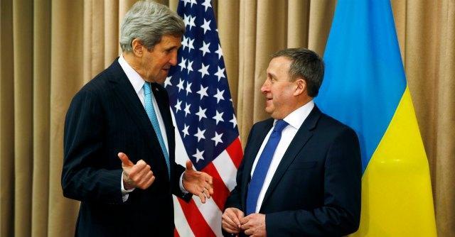 "Ucraina, accordo firmato a Ginevra. ""Gruppi armati illegali depongano armi"""