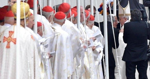 Canonizzazione Papi, Giovanni Paolo II e Giovanni XXIII ora sono santi