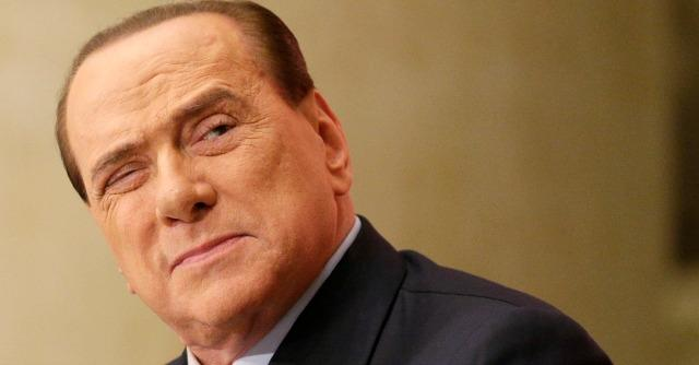 """Berlusconi cambia registro: """"Io sono uomo delle istituzioni, rispetto le sentenze"""""""