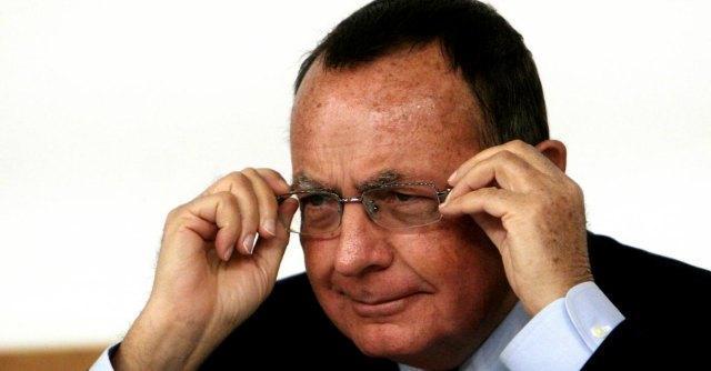 """Bonaiuti ufficializza l'addio a Berlusconi: """"Lascio Forza Italia, resto nel centrodestra"""""""