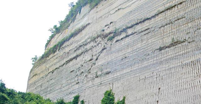 Cave, il rapporto di Legambiente: scaviamo molto, guadagniamo e ricicliamo poco