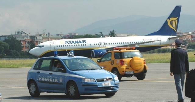 Aeroporti, arrestati per corruzione l'ex direttore Ciampino e funzionari Enac