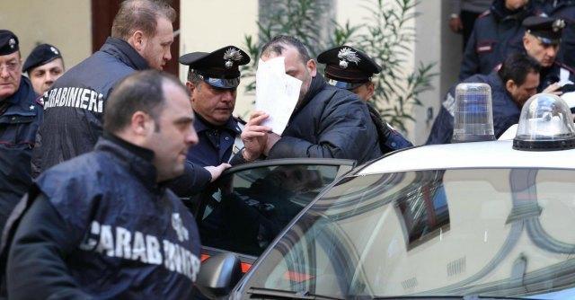Custodia cautelare, anche i mafiosi potrebbero brindare