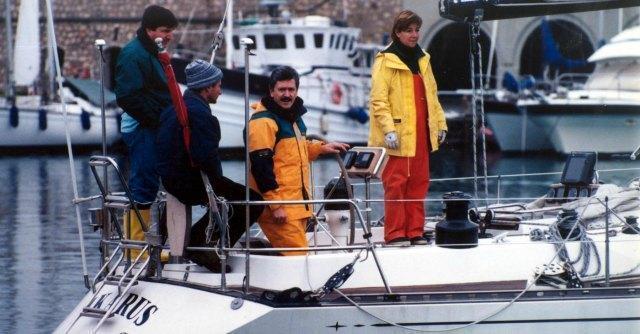 Massimo D'Alema in barca a vela