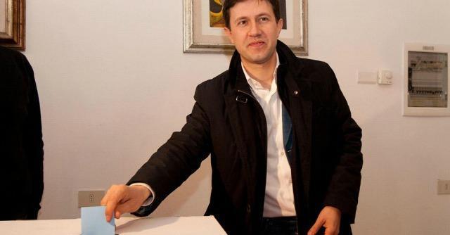 """Nardella, candidato a Firenze e deputato: """"Mi dimetto"""". Ma voto non calendarizzato"""