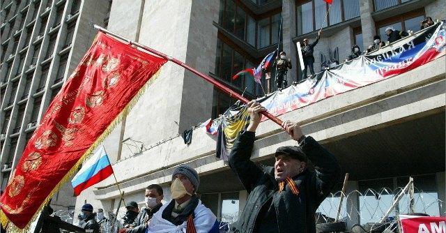 """Ucraina, manifestazioni nell'est. Filorussi proclamano """"Repubblica di Donetsk"""""""
