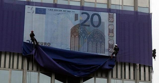 Euro, tutte le bugie e i miraggi sull'uscita dalla moneta unica