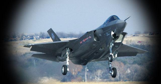 Difesa: mini taglio agli F35 solo per il 2014, ma più soldi per aerei, navi e carri armati