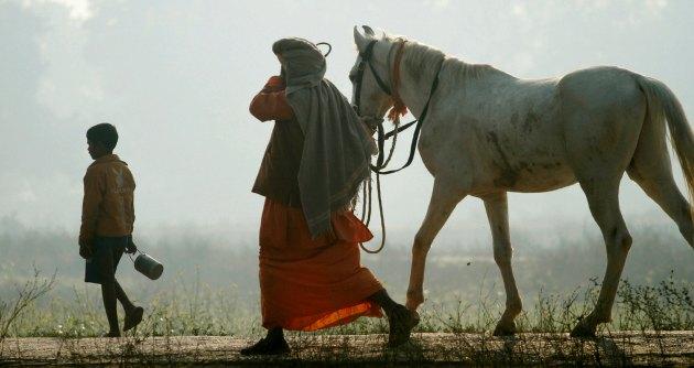 """India, l'uomo più vecchio del mondo è un calzolaio: """"Ho 179 anni"""""""
