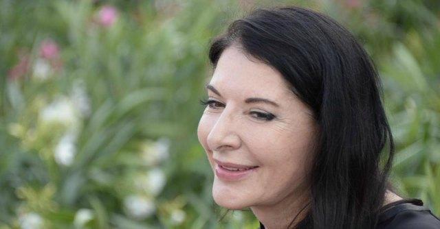 """Fuorisalone 2014, Marina Abramovic: """"Compio un rituale per svuotare la mente"""""""