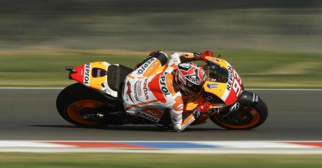 MotoGp Argentina, Marquez in pole position davanti a Lorenzo. Rossi sesto