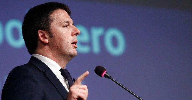 """Renzi risponde su Twitter: """"Polemiche con Di Maio? Ha stipendio doppio del mio"""""""