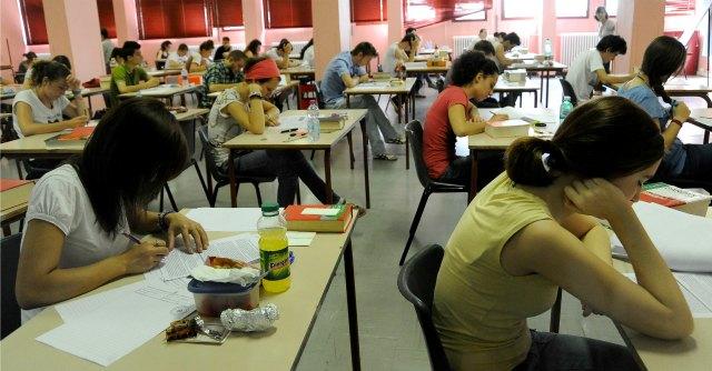 """Concorso scuola 2014, """"da 14mila posti"""": i dubbi sul destino di docenti idonei e precari"""