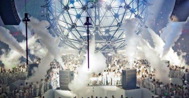 Sensation Night, attese 13mila persone vestite di bianco per la festa dell'elettronica