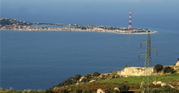 Stretto di Messina; foto di © Elio Colavolpe / Emblema