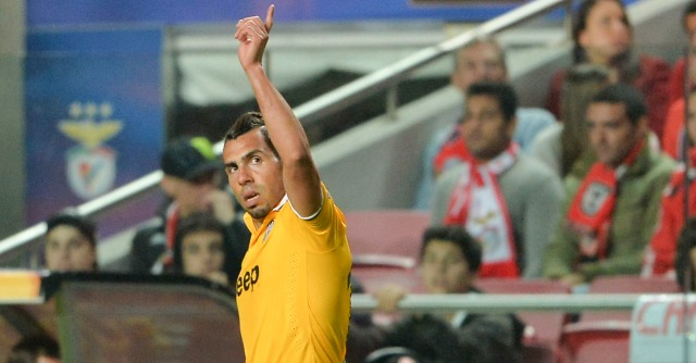 Europa League, Benfica-Juventus 2-1: i bianconeri soffrono e Tevez non basta