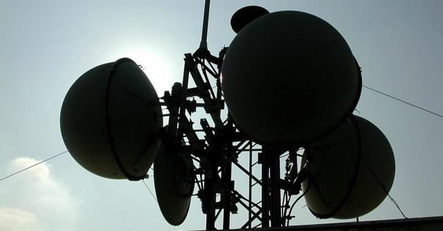 Mediaset a caccia di 300 milioni vende il 25% delle torri tv di Ei Towers