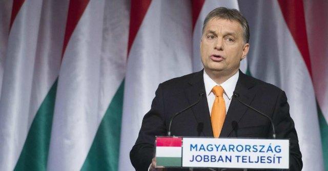 """Ungheria, Orban alza le tasse ai media. L'Ue avverte: """"Minaccia libertà di stampa"""""""