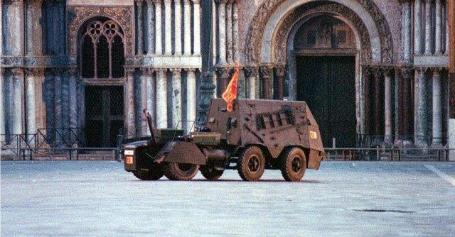 """Secessionisti Veneto, viaggio nel paese del tank: """"Ce ne fossero di ribelli"""""""