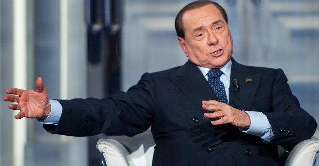 """Caso Geithner, Berlusconi: """"Nel 2011 mie dimissioni responsabili, ma non libere"""""""